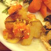小海老とほくほく有機じゃが芋のハーブパン粉焼き