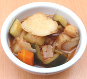 ヒヨコ豆と旬の有機根野菜の有機トマト煮込み