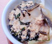 あったか湯豆腐、ゆうゆう鶏のぴり辛みそ添え