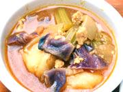 ゆうゆう鶏ひき肉とカラフル野菜のエスニックカレー